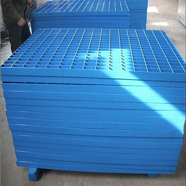 蓝色喷漆钢格板