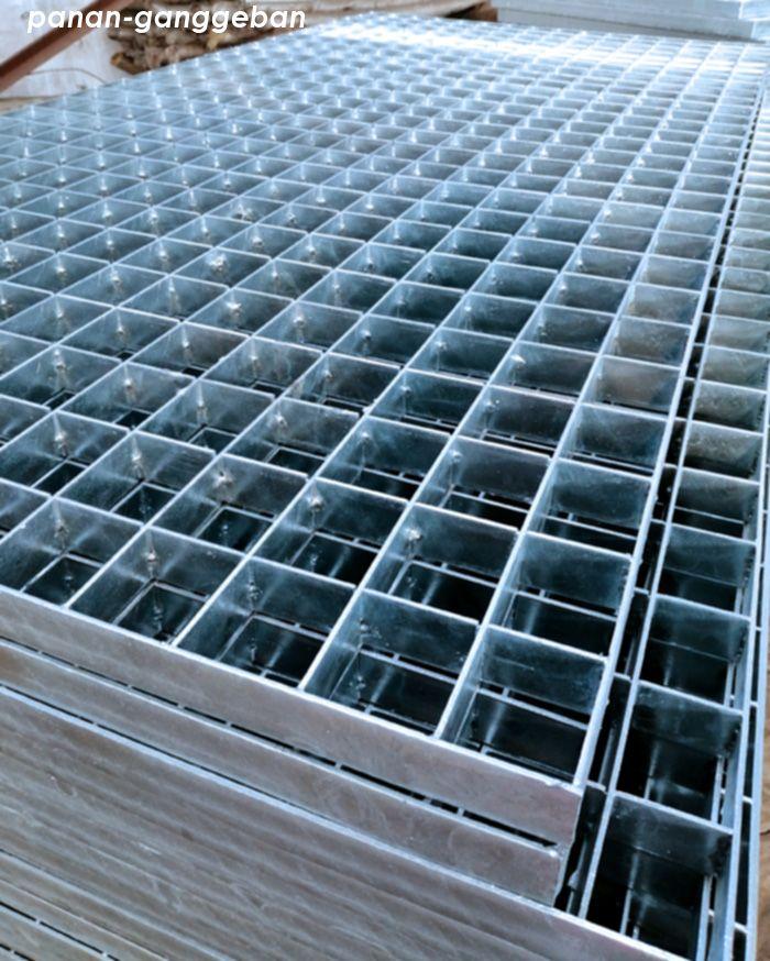 插接323-50-60镀锌钢格板