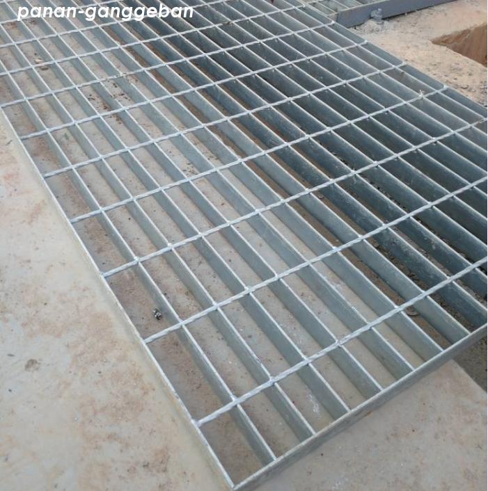 热镀锌钢格板3